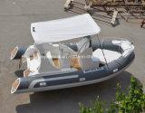 La Chine 5.8m nervure Deluxe bateau bateau gonflable à coque en fibre de verre rigide