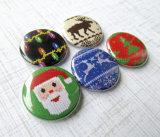 郵送料を離れて10%のクリスマスPinボタンをカスタム設計しなさい