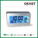 Alarme de prata de alumínio relógio LCD com retroiluminação azul a soneca Ot1003