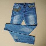 다채로운 자수 및 똑바른 다리 (HDLJ0002-17)를 가진 Jeans 부서지는 세척 숙녀