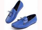 Hombres de la manera del cuero del ante de los hombres los nuevos visten los zapatos ocasionales