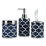 L'accessorio alla moda lussuoso del bagno ha impostato per i prodotti della stanza da bagno della famiglia