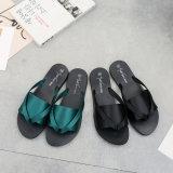 女性のサンダルの双安定回路は2017夏の靴の女性のウェッジの甘いサンダルの方法快適なプラットホームの女性女性靴を滑らせる