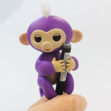 Brinquedos espertos do macaco interativo dos peixes pequenos