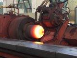 Parte Inferior do Cilindro de gás empurrando a máquina girando a quente