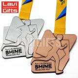 Commerce de gros prix bon marché Sport personnalisé médailles en métal avec votre logo Owne