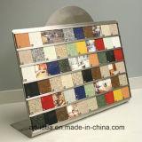Estante de visualización de la tarjeta de la muestra de los azulejos de mosaico