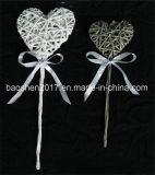 En forma de corazón de mimbre personalizado con el Stick para decoración de Navidad