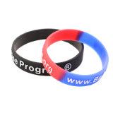 Chirtmas fournisseur OEM sportif populaire bracelet en silicone, bande gravé en relief