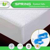中国の卸し売りホーム寝具のテリーの綿100%の防水マットレスの保護装置によって合われるシート