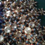 真鍮の六角形の回転落着きのなさ手の紡績工指のジャイロコンパスは圧力を減らす
