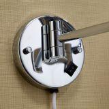 調節可能な浴室の家具の拡大ミラーの構成