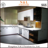 N及びL贅沢なかえでの純木のシェーカーの食器棚