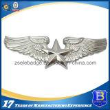 Подгонянный серебряный значок Pin металла крыла (Ele-P018)