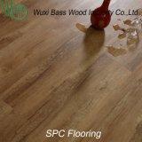 ぬれた地区のために適した高安定したSpcの床張り