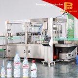Machine de remplissage faite à l'usine célèbre de l'eau de bouteille de Chinois