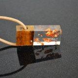 Handgemachte hölzerne Harz-Goldchoker-Halskette für Großverkauf