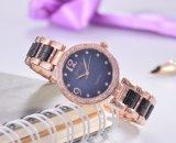 Reloj de cerámica de los cuartos de galón de las señoras del diamante hermético de la manera
