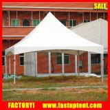 Tenda del Gazebo dell'alto picco dell'usato nell'Uganda Kampala Nansana