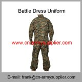 Dormir Bag-Hydration Bladder-Military Goggle-Military Tent-Army uniforme de combate