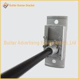 Rua pólo claro do metal que anuncia o dispositivo elétrico do sinal (BS-BS-058)