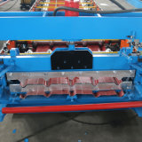 Farbe beschichtete die Stahldach-Rolle, die Maschine und Uncoiler bildet