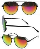 Moda Venta caliente lente polarizada gafas de sol de metal