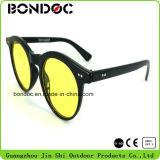 Классические новые приходя пластичные женские солнечные очки
