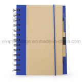 Caderno popular do papel do ofício com a pena para o uso diário (SNB119)