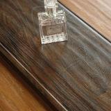 Handscrapedのビニールの板によって薄板にされる積層の木製の木のフロアーリング