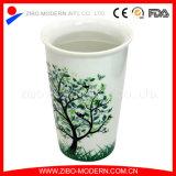 Tazza di caffè di ceramica doppia calda all'ingrosso con il coperchio del silicone