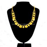 La primavera de la moda collar amarillo de aleación de zinc resina cadenas ajustable chapado en oro.