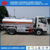 Carro de poca potencia del reaprovisionamiento del petróleo del carro 5m3 del depósito de gasolina de Sinotruk HOWO 4X2 5000L