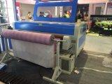 La machine de découpage de laser du textile Jq1810 pour le vêtement chausse le cuir de sac avec alimenter automatique