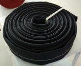 Tubo flessibile nero dell'unità di elaborazione del rivestimento