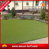 Paisaje verde de césped artificial sintético para Terraza y jardín
