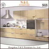N u. L weißer festes Holz-Schüttel-Apparattür-Küche-Schrank