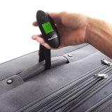Rétroéclairage vert les bagages de pesage la pendaison l'échelle numérique avec la courroie