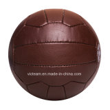 Sfera di calcio di cuoio dell'annata antica del Brown retro