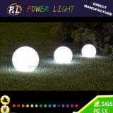 Lumière en plastique lumineuse rougeoyante décorative de sphère du jardin DEL