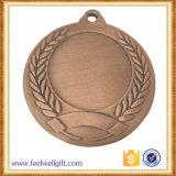 O costume de lustro 3D do OEM China cinzela a medalha em branco da inserção