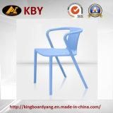 普及したスタック可能椅子はプラスチック椅子を卸し売りする