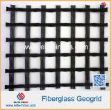 Bitumen Met een laag bedekte Glasvezel Geogrid voor de Versterking van de Bekleding van het Asfalt