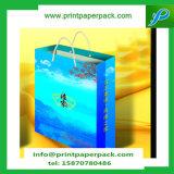 クラフト紙のギフト袋及びキャンデーによって縞で飾られる袋-結婚式の好意-誕生日の戦利品袋