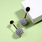 Seedbeadの新しく個人的で簡単で優雅な球の女性のための吊り下げ式の合金のイヤリング