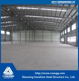 倉庫のための鋼鉄の梁から成っている鉄骨構造のトラス構築