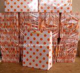 Sacs en papier en gros bon marché de cadeau d'impression par points