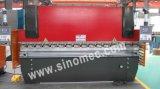 Le traitement de la plaque de métal presse plieuse/plaque de travail (WC67K-100T 3200)