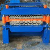 Azotea del material de construcción que hace la maquinaria