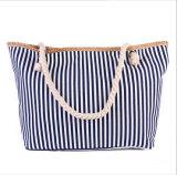 Le sac à bandoulière rayé à la mode à grande capacité portera un sac à bandoulière décontracté en toile